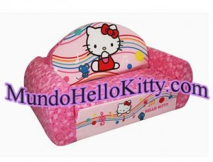 MundoHelloKitty_SOFA_2